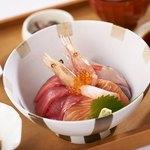 ◆11月の丼『海鮮丼』