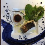 ワインと炭焼き fusione - 後藤列島の平スズキ炭焼き 長野県のワサビとスモーク醤油で