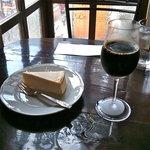 カフェ・グレ - チーズケーキ(¥350)水出しコーヒー(アイス¥600)→セット価格¥850(¥100引き)