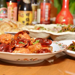 本場中国の料理人が心を込めて作る、これぞ本物の中華料理!!