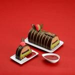 リンツ ショコラ カフェ - クリスマスケーキ「ビュッシュ ショコラ 抹茶」