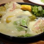 湯島ワンズラクレット チーズ料理専門店 野菜&ワイン - ラクレットチーズ 野菜