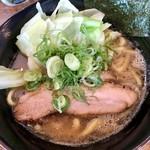 麺屋えびす - 豚骨醤油ラーメン750円