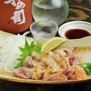 """鳥取県の""""大山どり""""そのものの旨味を食す!【地鶏のタタキ】"""