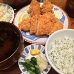 Katsukichinihombashitakashimayaesushiten - かきフライ盛合せ定食