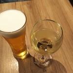 ザ ブッチャー - 生ビールと白ワイン