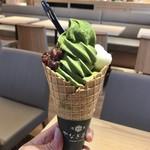 やなぎ茶屋 - 抹茶あずき白玉ソフト 648円(税込)