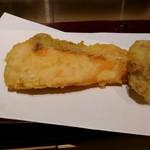 天麩羅とお蕎麦 三輪 - 秋鮭『銀鮭』と白子