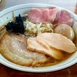 中華蕎麦 會 - 料理写真:ぜいたく煮干しそば(1,030円)