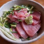 手打蕎麦 とし庵 - ランチの小どんぶり(マグロの中落ち)
