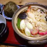 しぶや - 料理写真:天ぷら鍋焼きうどん:900円+おにぎり:150円