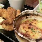 昭和堂Q - チキンカツ(増量))&トマトとベーコンのチーズ焼 2018.08.11