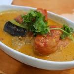 ヤミヤミカリー - 料理写真:トマトとナスのチキンカリー