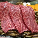五島牛一頭買い焼肉 黒バラモン - カイノミ※五島牛