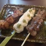 鳥正 - 料理写真:レバー、砂肝、ささみ串(柚子こしょう)