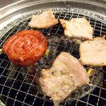 (卸)調布食肉センター - コンロはガスです。