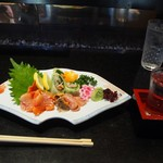 万福寿司 - 赤貝お造り & 冷酒(呉春)