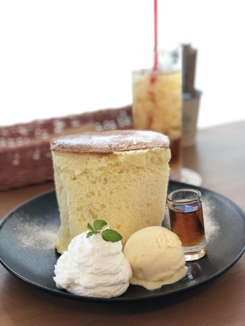 cafe202 さくら野弘前店