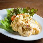 燻製たまごのポテトサラダ Smoked Egg Potato Salad