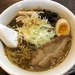 麺屋 雪風 - 雪風BLACK醤油らーめん 800円