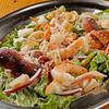 アジアンビストロトゥクトゥク - 料理写真:海鮮シーザーサラダ