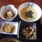 日本料理と蕎麦 冴沙 - 長芋とろろ膳(小鉢)