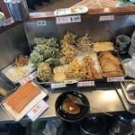 中村うどん - 揚げ物類
