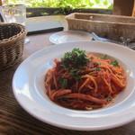 95597493 - スルメイカのピリ辛トマトソース スパゲティ
