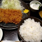 和幸 - 料理写真:ひれかつ御飯(通常1330円が60周年感謝祭により1230円)