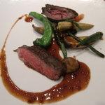 ete - 牛ハラミのステーキ・赤ワインソース