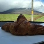 ブーランジェリー ジン - 羊蹄山とクロワッサン