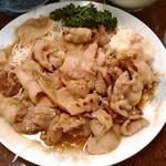 95621711 - ヤキ肉 シャバシャバでプリプリ。