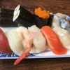 ファミリーすしガーデンハウス - 料理写真:にぎりランチ850円