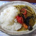 旬菜食健 ひな野 - グリーンキーマカリーはおいしかった。