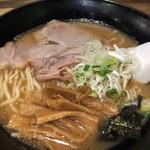 ラーメンヨシベー - ヨシベーラーメン醤油¥690