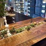 銀座モダンテラス - 楽しいテーブル席