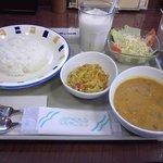 9564568 - ビーフと豆のカレー+キャベツと人参のカレー炒め+ライスセット