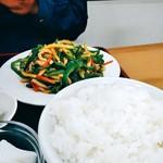中華料理 喜多郎 - 青椒肉絲定食(+担々麺)