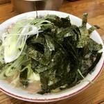 恵比須 - 海苔ネギまみれラーメン!