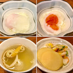 95647382 - 温泉たまご、鶏スープ、お新香                       温泉たまごは今回はやや硬めの仕上がりでした