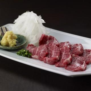 のどぐろ刺身、馬刺し等、九州こだわりの一品料理も充実◎