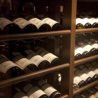自慢のコースや料理に合う酒をご用意。地酒・焼酎・ワイン等
