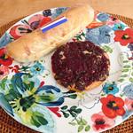 ブーランジェリー ボネダンヌ - あんバター・ショコラフランボワーズ。どちらも他店とは違う、個性が際立つパン。