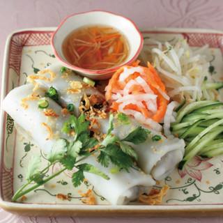 日本人の好みにも合う優しい味わいのベトナム料理の数々