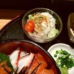 旬菜旬味 燈明 - サラダサービス