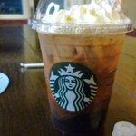 スターバックス・コーヒー - 100円でお替わりできるんですって!