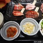 95683783 - 金タレ 肉の味比べ膳