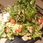 95685768 - 京都産九条葱と有機豆腐の金胡麻サラダ