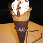 ゴディバ - 「ゴディバ ソフトクリーム」ホワイトチョコレートバニラ