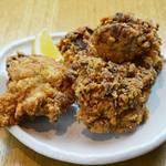 地下のニューコマツ - No.2 おかんの鶏の唐揚げ